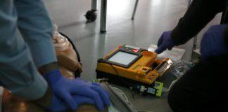 Defibrillatore semiautomatico.