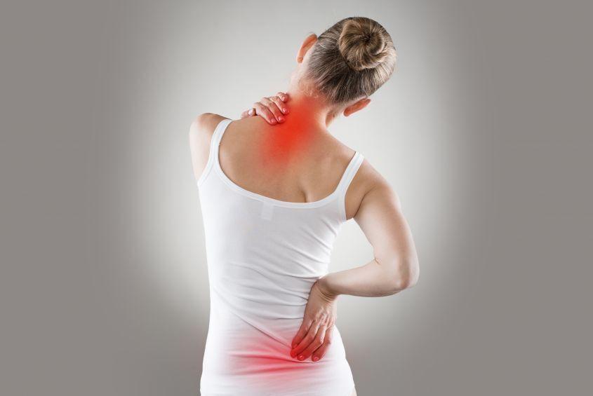 7 cause del mal di schiena dalla postura al cancro salutelab - Mal di schiena a letto cause ...