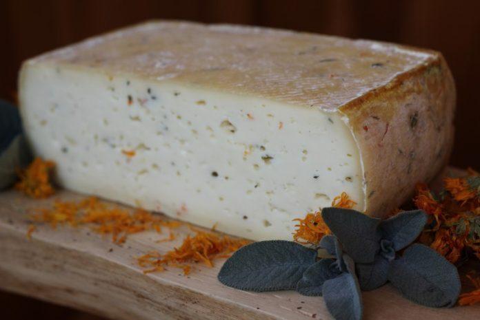 formaggio-dolomiti