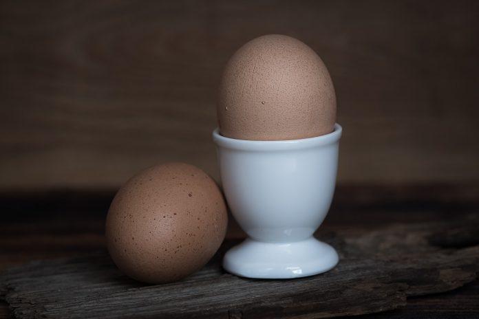 Cosa succede al nostro corpo se mangiamo due uova al giorno