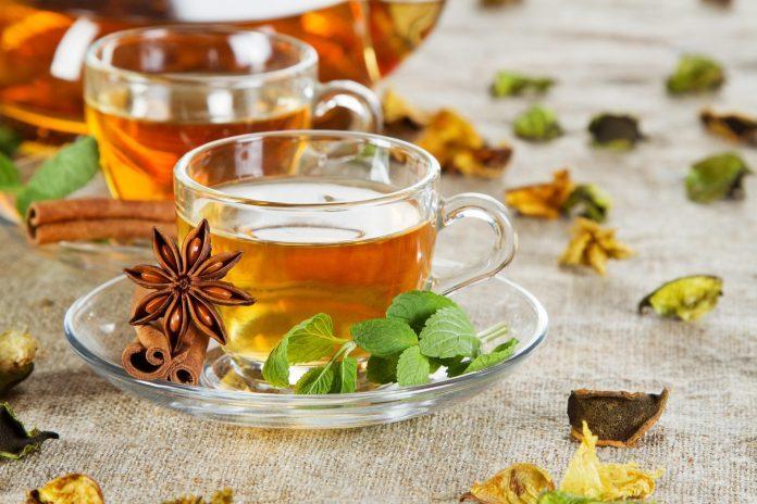 Tè, tisane e infusione: ecco la differenza