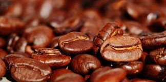 bere-caffe-fa-bene-o-male